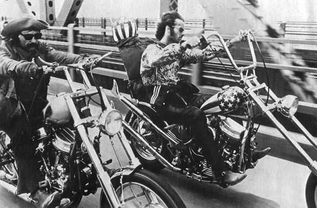 motos-miticas-cine-harley-davidson-hydra-glides-easy-riderjpg
