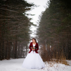 Wedding photographer Yana Krutikova (IanaKrutikova). Photo of 26.02.2018