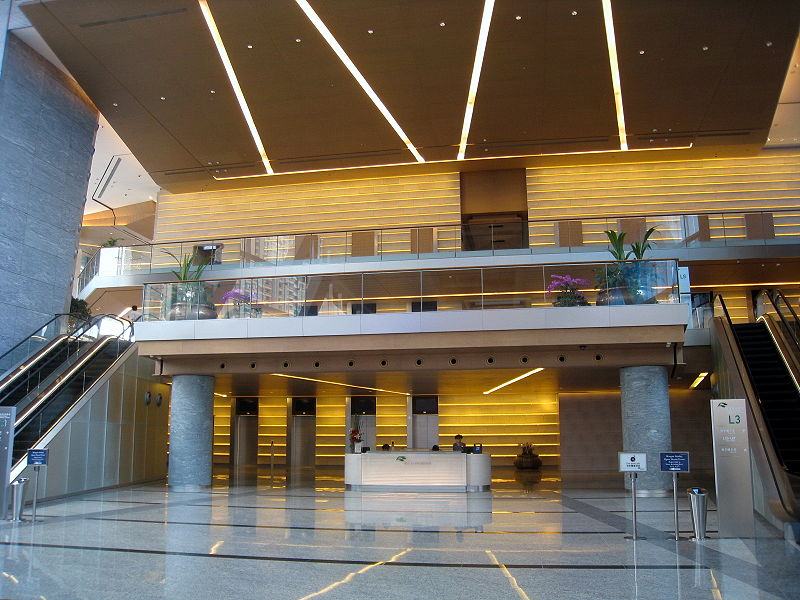 800px-International_Commerce_Centre_Lift_Lobby_Overview_2008.jpg