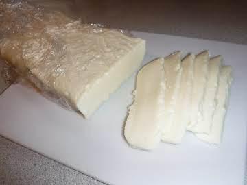 """Homemade """"Velveeta"""" Style Cheese"""