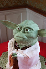 Photo: Yoda cake by La Bella Torta (2/28/2012)  View cake details here: http://cakesdecor.com/cakes/8261