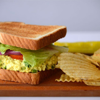 Tofu 'Egg'-Salad Sandwiches