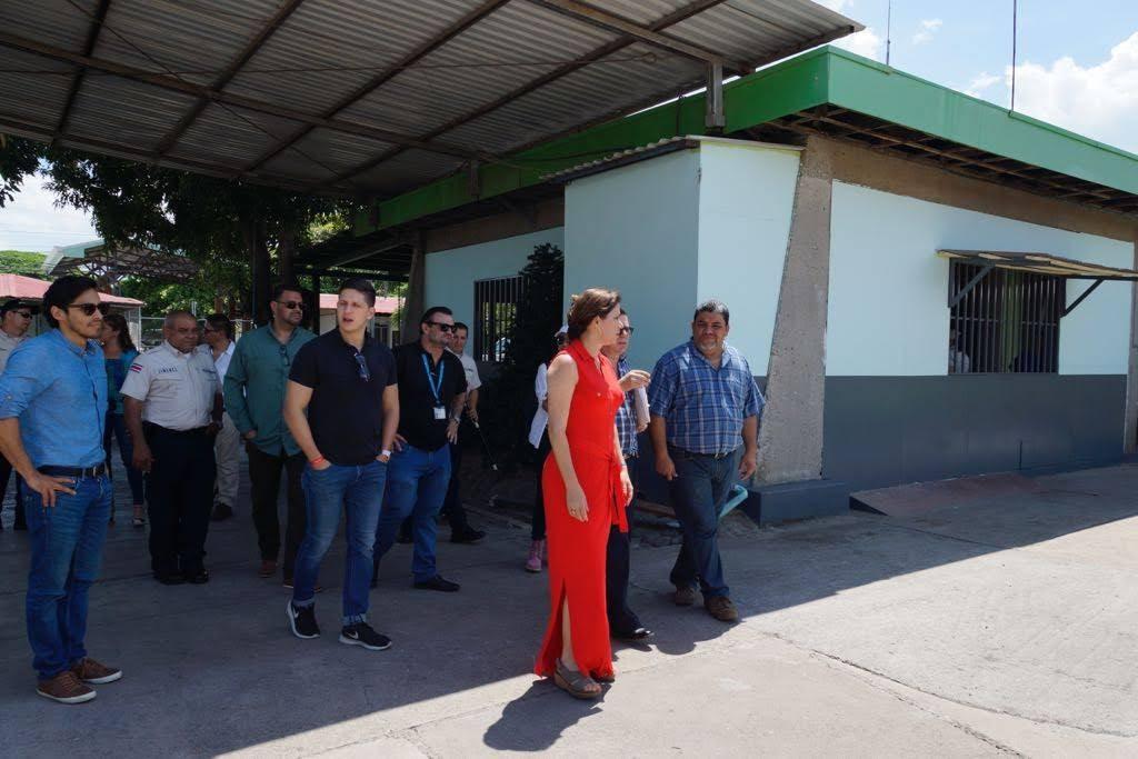 Imagen EVALÚAN SOLUCIONES DE INFRAESTRUCTURA PARA PROBLEMAS EN CENTRO PENITENCIARIO 26 DE JULIO