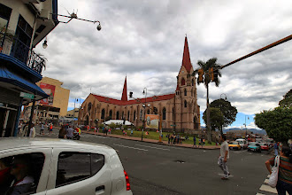 Photo: San José : la cathédrale