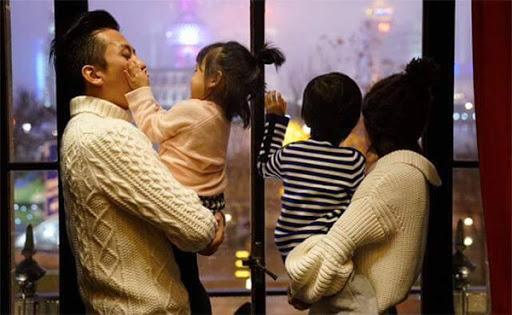 Nguyen tac don gian danh cho cac ong bo khi nuoi day con gái - hinh 2