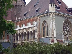 Photo: Grupa budynków historycznych, Vajdahunyad-vár w Parku Miejskim w Budapeszcie (28 izohelia)