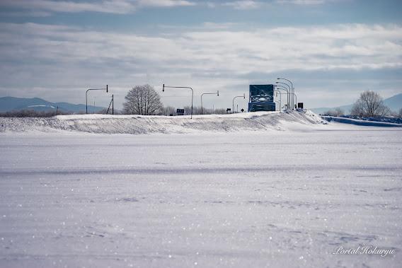 雪面のきらめき