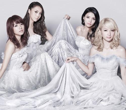 "Capa do single ""Blanket Snow"" – CD+DVD Edition."