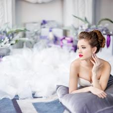Wedding photographer Natasha Labuzova (Olina). Photo of 19.02.2017