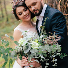 Wedding photographer Arina Markova (id7915216). Photo of 30.08.2017
