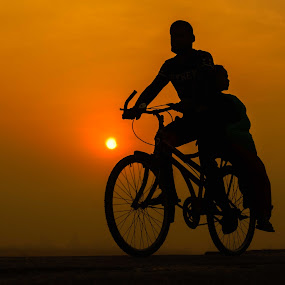 Be together by Bishal Ranamagar - People Street & Candids ( nepalgunj, couple, sunrise, nepal, bicycle,  )