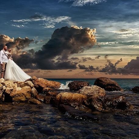 Свадебный фотограф Дмитрий Никитин (GRAFTER). Фотография от 30.12.2015