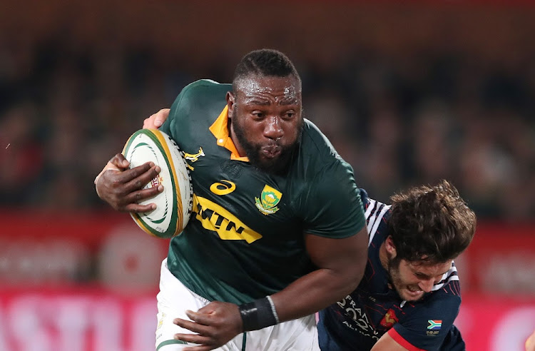 On the ball: Springbok prop Tendai Mtawarira produced a fired-up performance in Durban after coming in for criticism ahead of the series against France. Picture: GAVIN BARKER/ BACKPAGEPIX