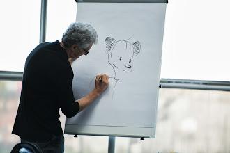 Photo: Näin Kamut -hahmot piirtyvät fläppi-taululle
