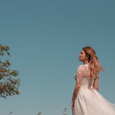Wedding photographer Arina Kuznecova (kuzznee). Photo of 13.09.2018