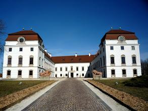 Photo: A vár átalakulások egyik szép példája az Esterházy család fraknói (pápai) ága által emeltetett pápai kastélya.