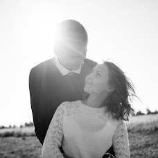 Wedding photographer Ekaterina Baturina (Katerina1208). Photo of 14.02.2018