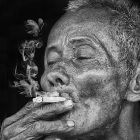 Old man by Iwan Mochammad - People Portraits of Men
