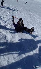 Photo: Pad na leđa sa nogama dolje