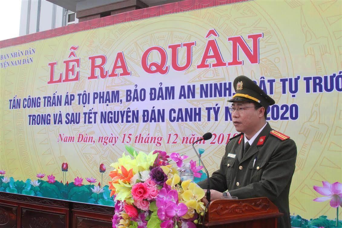 Thiếu tá Nguyễn Anh Đông, Phó Trưởng Công an huyện Nam Đàn phát biểu