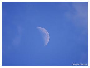 Photo: Zunehmender Tagmond / Luna  Datum und Uhrzeit (Original)2012:05:27 18:24:31