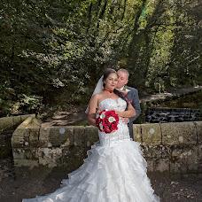 Wedding photographer Carl Dewhurst (dewhurst). Photo of 08.03.2019