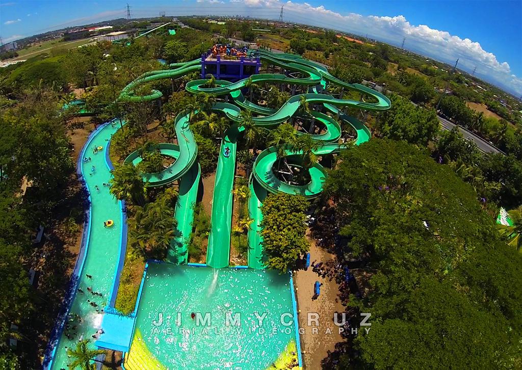 splash-island-drone-01.jpg