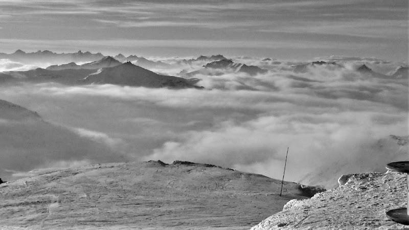 Clouding over di heibestia