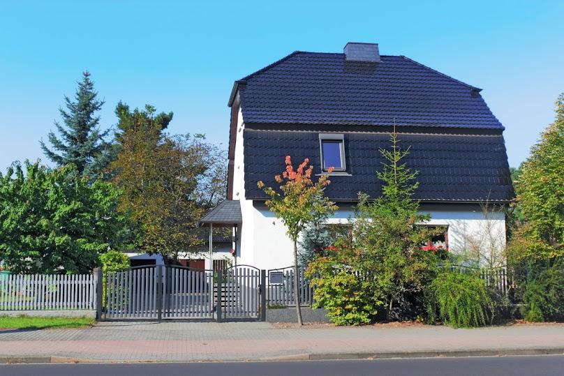 Dach kolebkowy w domu jednorodzinnym