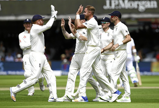 England's Stuart Broad and team-mates celebrate taking the wicket of SA's Heino Kuhn. Picture: REUTERS