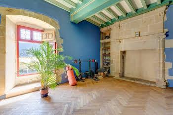 Maison 5 pièces 196 m2