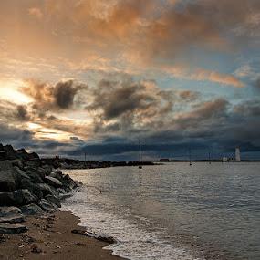 Grótta by Bragi Kort - Landscapes Weather ( clouds, iceland, sunset, lighthouse, shoreline, grótta )