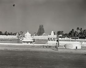 Photo: Mylapore - Kapaleeswarar temple Tank