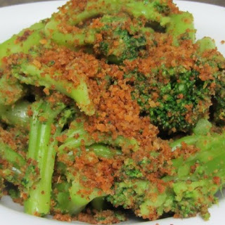 Broccoli With Crispy Breadcrumbs