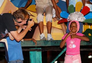 Photo: tracey eaton taking photo of cuban girl in santiago de cuba