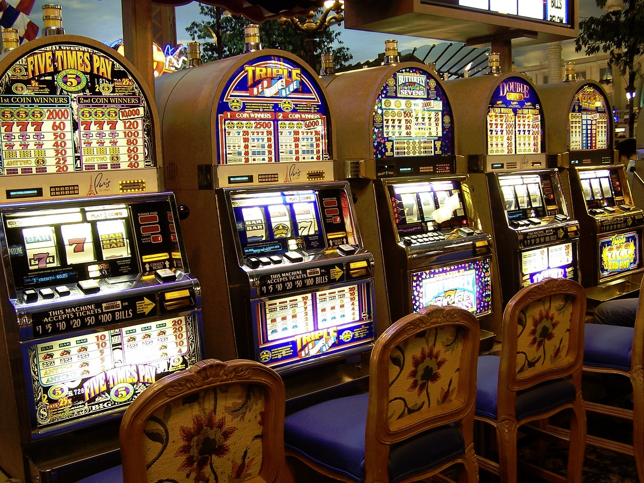 Slots Symbols: An Interesting Design Evolution