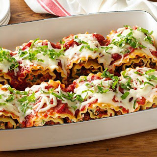 Make-Ahead Cheesy Turkey Spinach Lasagna Roll-Ups.