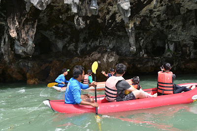 Start paddling with your personal guide around the island