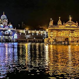 Golden Temple - another view by Hariharan Venkatakrishnan - City,  Street & Park  Historic Districts