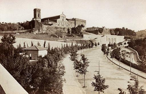 Giacomo Brogi (1822-1881), La Chiesa di San Miniato al Monte a Firenze e il viale alberato sottostante, 1875 ca