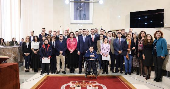 33 subalternos acceden como funcionarios y personal laboral al Ayuntamiento