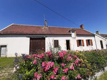 maison à Meaulne (03)
