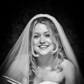 Black & White Bride by Chris Boulton - Wedding Bride