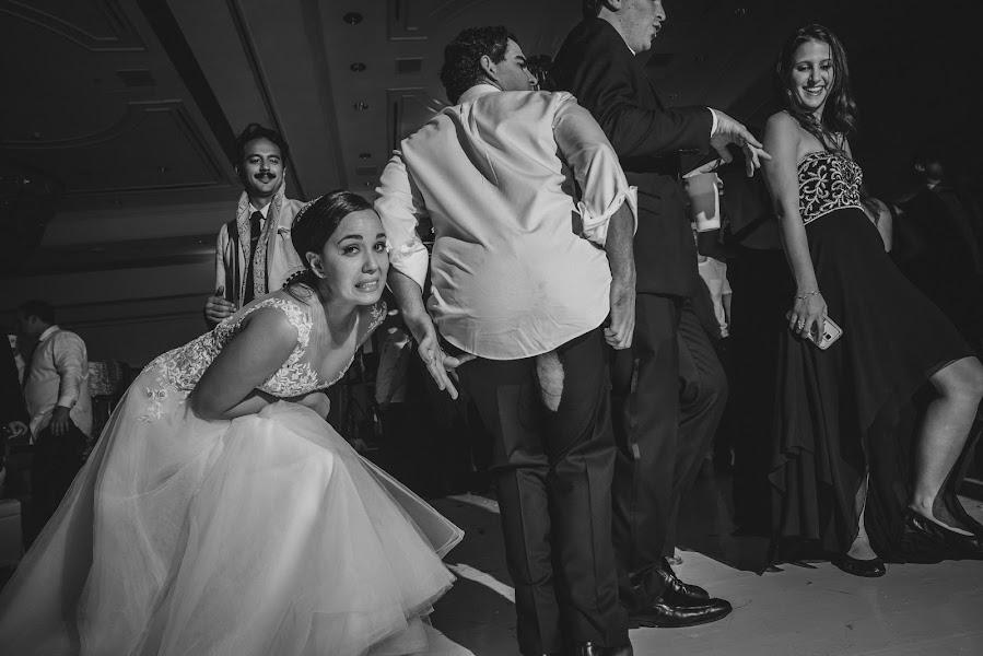 Wedding photographer Víctor Martí (victormarti). Photo of 07.05.2017