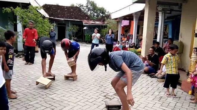 Pertandingan Balap Bangku