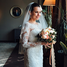 Wedding photographer Vitaliy Lozovoy (PhotoVetal). Photo of 30.04.2015