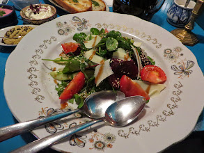 Photo: Salad with cheese