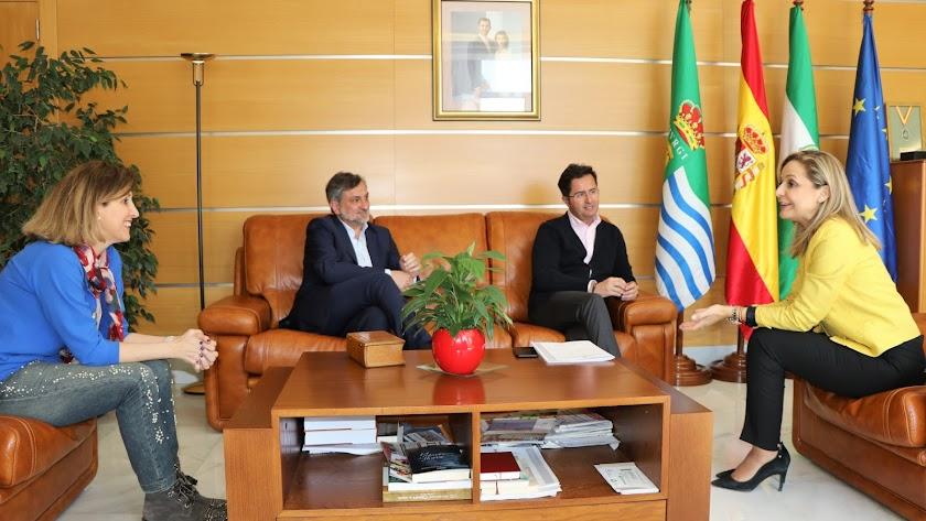 Desarrollo de la reunión en el ayuntamiento de El Ejido.