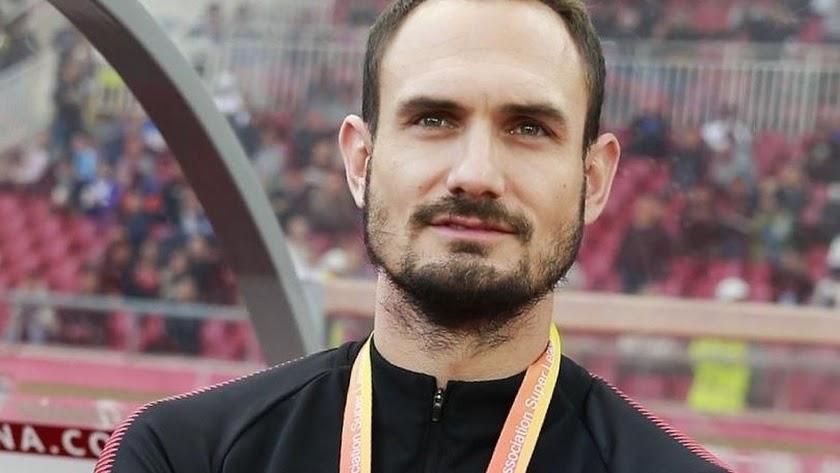 Carlos García en el Dangdai chino después de cerrar su etapa de jugador.