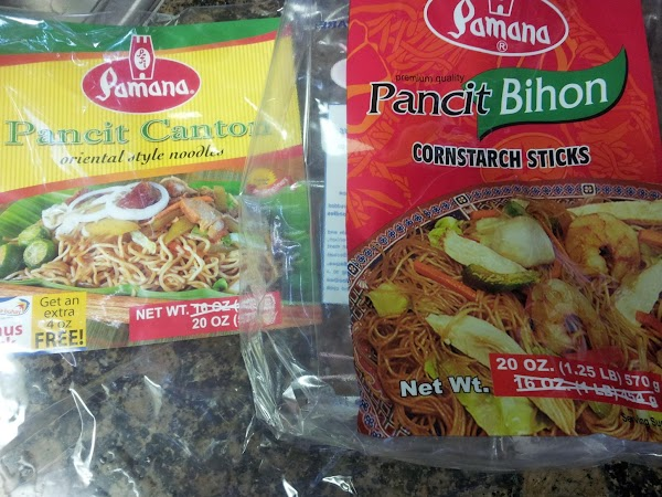 VEGETARIAN and VEGAN FRIENDLY:  Pancit style noodles are mainly rice flour/ cornstarch based...